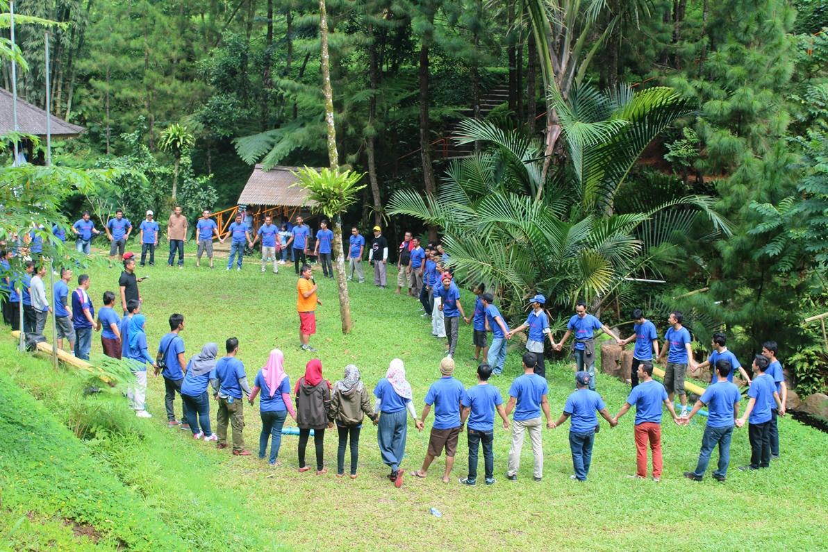 gathering-rumah-makan-padang-sari-bundo