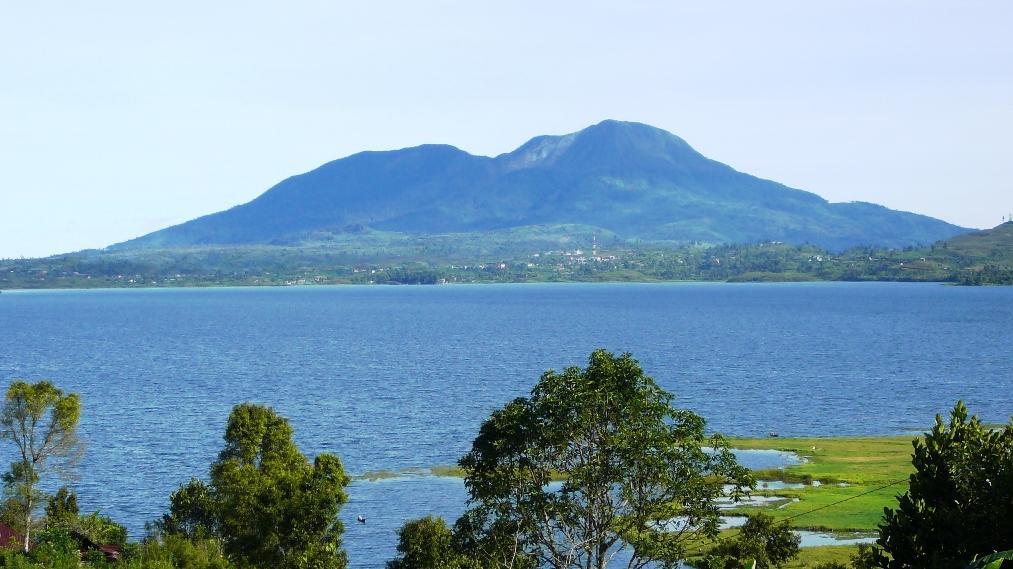 danau-talang