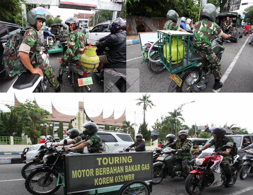 TNI-mengendarai-sepeda-motor-berbahan-bakar-gas-3-kg