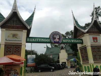 Manjakan Lidah Kuliner Khas Padang di Tanah Minang