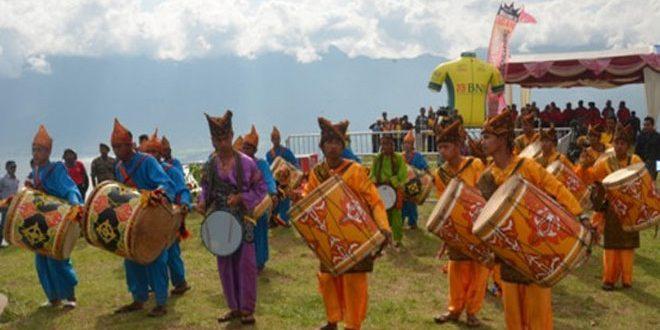 Festival Danau Maninjau Lestarikan Kesenian Minangkabau