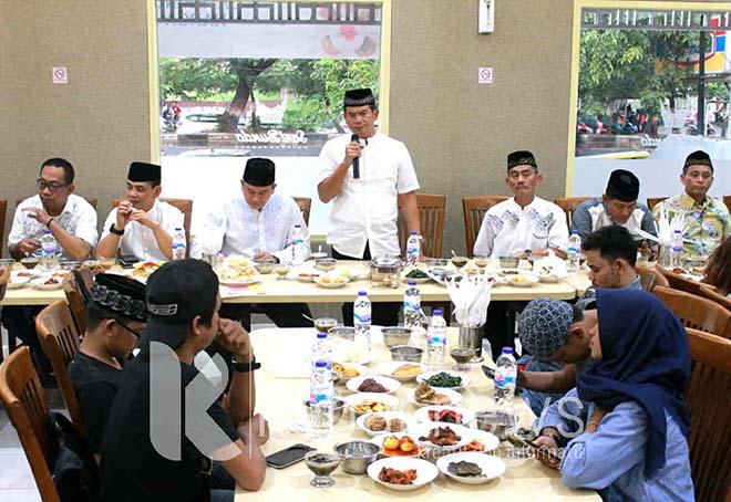 Polda Sulsel Buka Puasa Bersama Awak Media di Sari Bundo Makassar