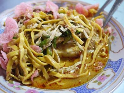 Resep Katupek Pical Padang, Sebuah Padanan Bumbu Kacang & Sayuran