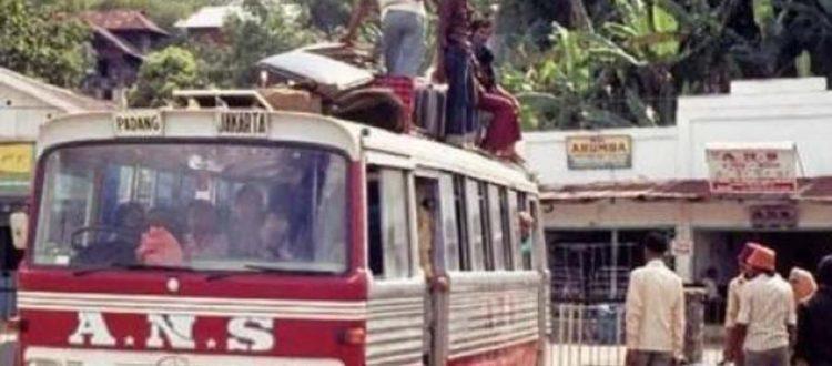 Kisah Unik Sejarah Terminal Bus Kota Padang yang Melegenda