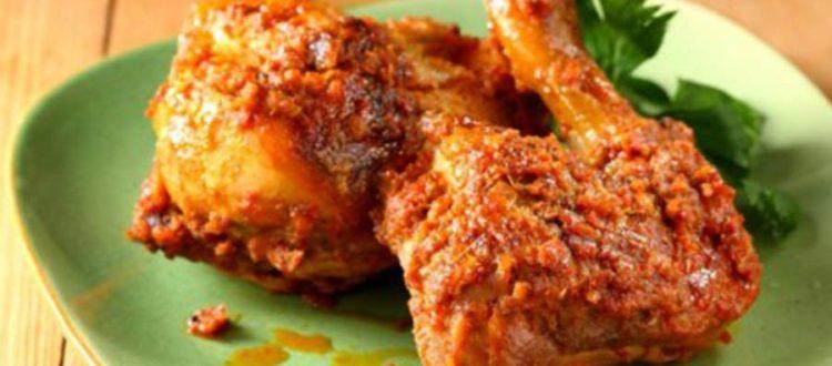 menu favorit rumah makan padang ayam bakar