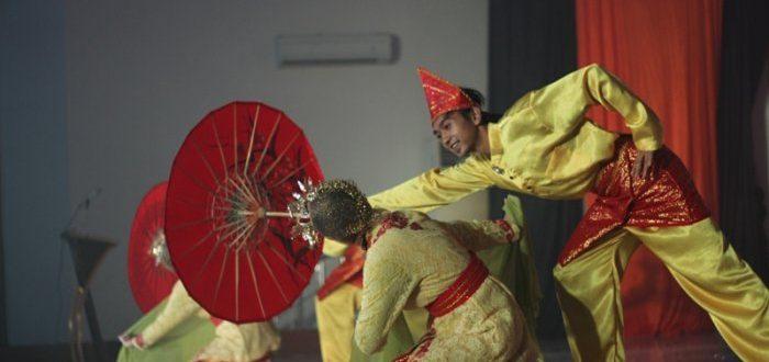 Makna Menarik Tari Payuang, Tarian Khas Minang Selain Tari Piring