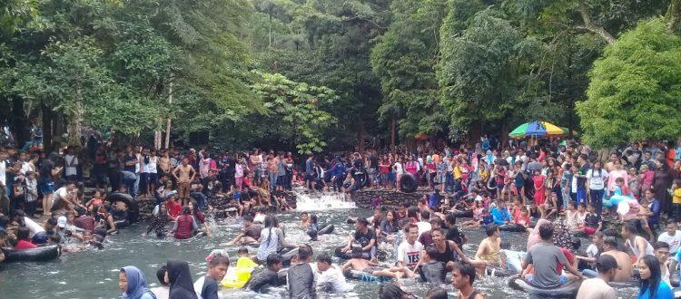 Ribuan Masyarakat Minang Ikut Tadisi Balimau Jelang Ramadhan