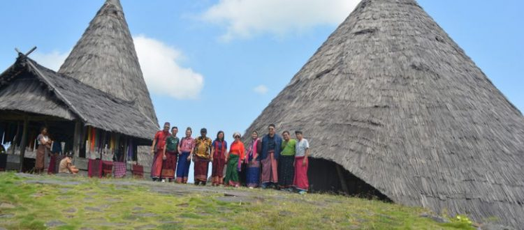 Kampung Adat Todo, Pusat Peradaban Minangkabau di Flores Barat d