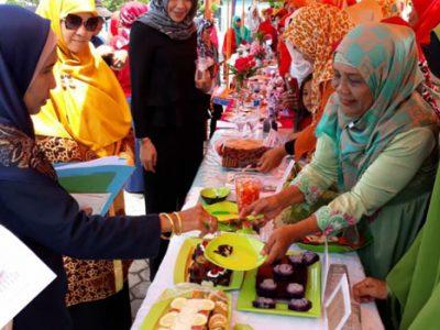 Komonitas Padang Kota Bengkuang Gelar Lomba Pangan