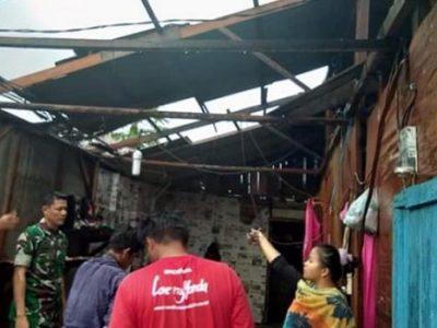 Angin Puting Beliuang, Rusak 8 Unit Rumah di Pariaman