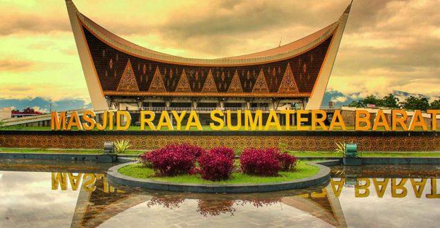 Sumatra Barat Menjadi Destinasi Wisata Halal Terbaik