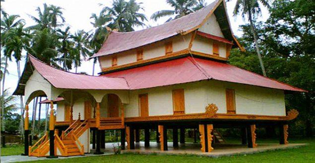 Menengok Istana Kerajaan Rokan di Luhak Rokan IV Koto