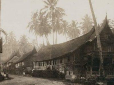 Rapat Besar di Padang, Menyoal Landrente Hingga Pajak Rumah Gadang